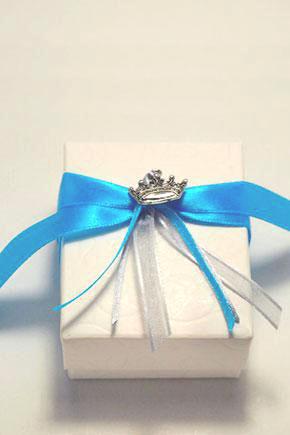 Μπομπονιέρα γάμου μίνιμαλ κουτί 821