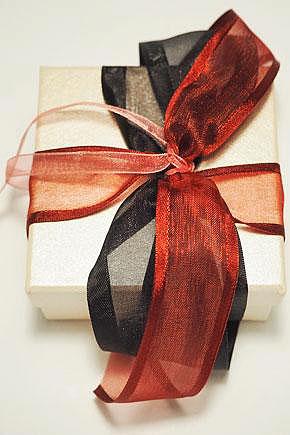 Μπομπονιέρα γάμου κουτί 811